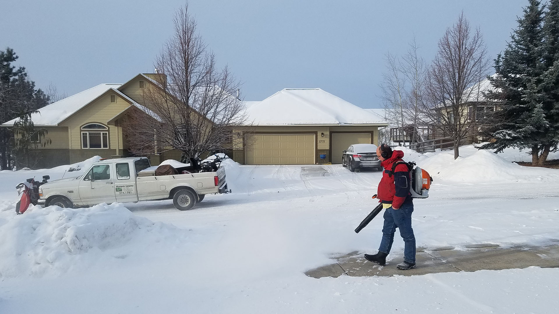 Aurora Lawns & Borealis Snow Plowing Lawn Care, Snow Removal and Junk Removal slide 1