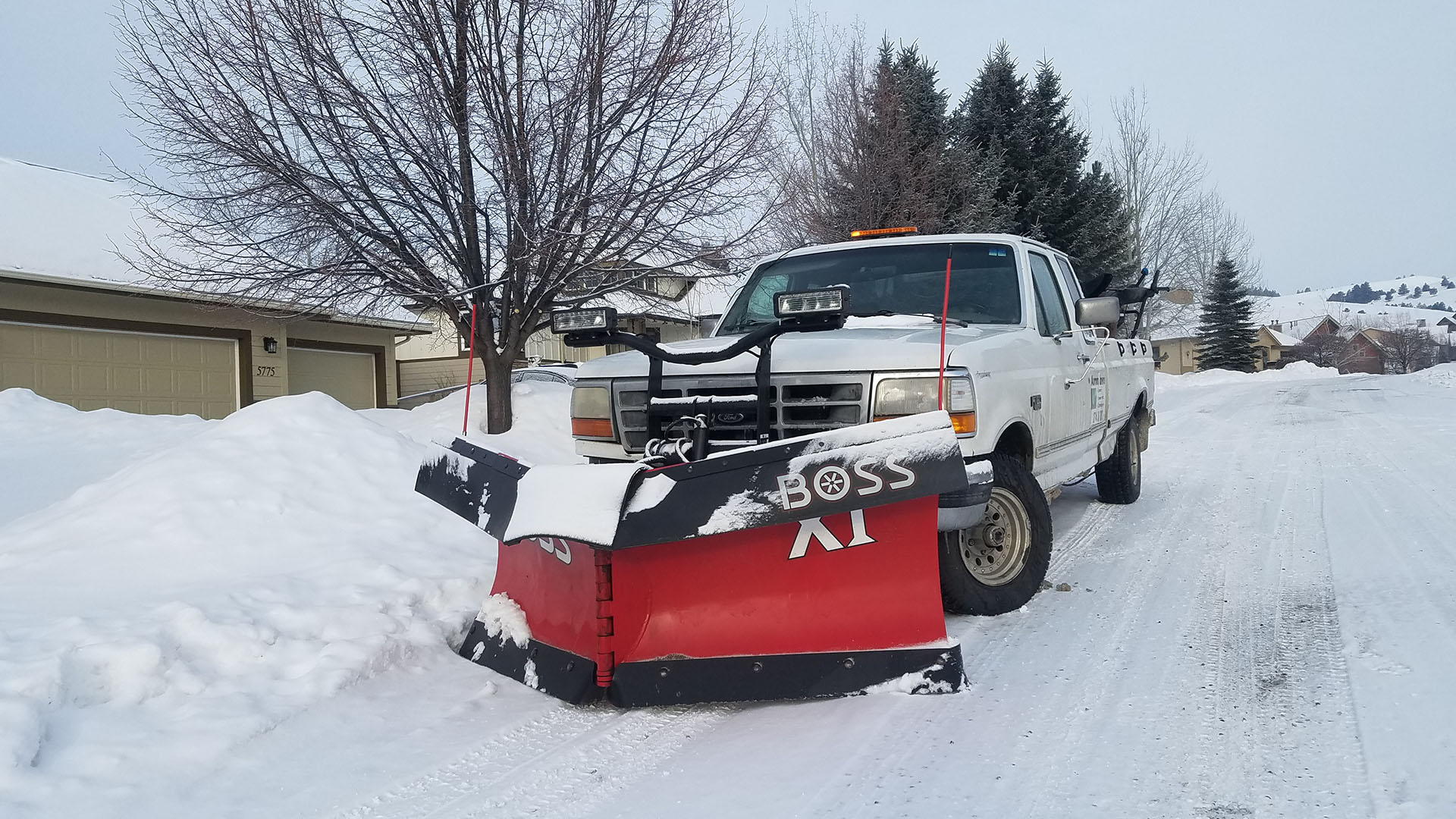 Aurora Lawns & Borealis Snow Plowing Lawn Care, Snow Removal and Junk Removal slide 3